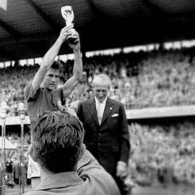 brasil58 bellini 1958   A conquista do primeiro título mundial pelo Brasil
