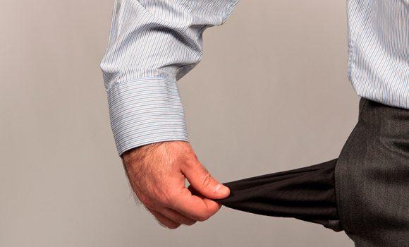 Veja 15 maneiras de perder dinheiro no dia a dia e como evitar o problema