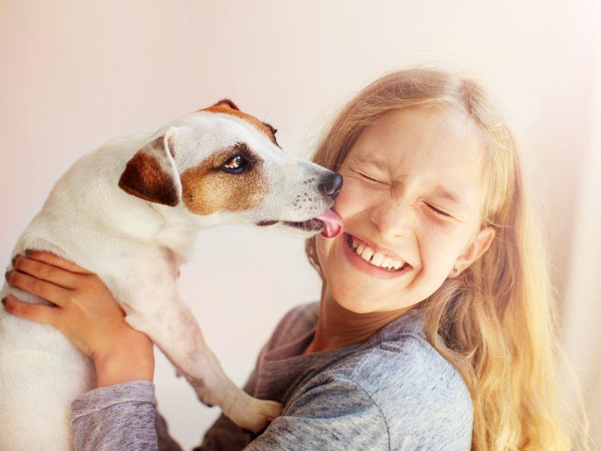 A melhora da sociabilidade das crianças com os cães